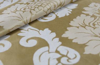 Ткань блэкаут зеоеная с крупным рисунком