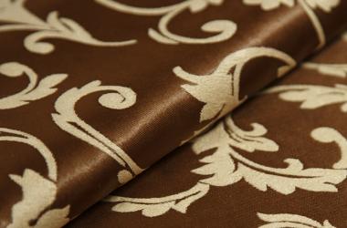 Ткань блэкаут коричневая с бежевым рисунком