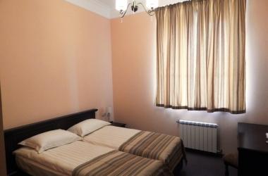 Гостиничные шторы, комплект для спальни светло коричневого цвета