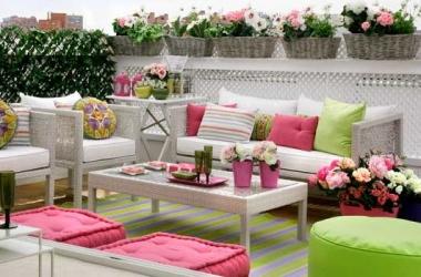 Текстиль для веранды ярких цветов